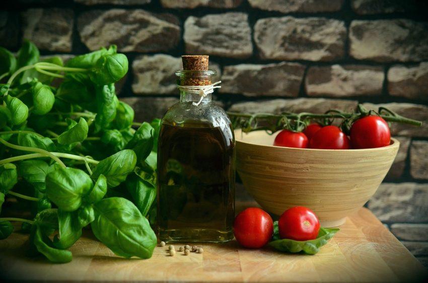 olive-oil-1412361_960_720 (1)